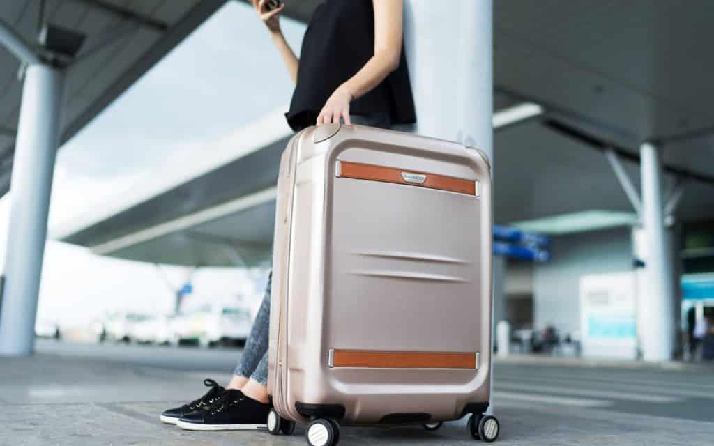Tận dụng vali để đựng những vật dụng nặng
