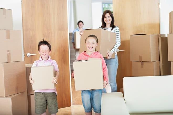 Các thành viên trong gia đình nên góp sức vào việc chuyển nhà