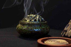Cách xông nhà bằng trầm hương