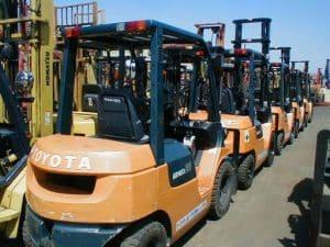 Dịch vụ cho thuê xe nâng hàng giá rẻ quận 3 tphcm