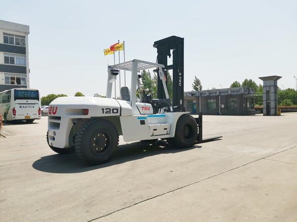 Loại xe nâng dầu 12 tấn