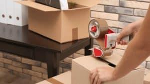 Chuẩn bị thùng carton để đóng gói