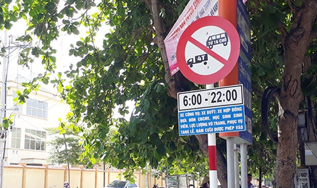Ý nghĩa biển cấm xe tải 5 tấn