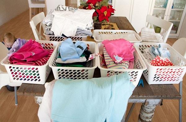 Các bạn cần đóng gói đồ đạc kỹ lưỡng để thuận tiện trong kiểm soát và sắp xếp khi về phòng trọ mới