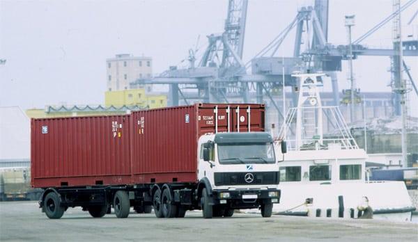 Khi vận chuyển hàng hóa cần những giấy tờ gì?
