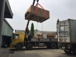 Sử dụng những phương tiện vận chuyển hỗ trợ trong việc chuyển kho xưởng