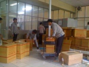 Nhân viên làm việc với trách nhiệm cao