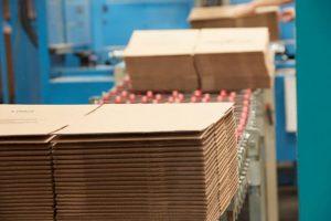 Thùng carton của dịch vụ dọn là loại chất lượng nhất