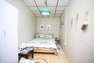 Diện tích phòng chật hẹp sẽ làm bạn cảm thất ngột ngạt
