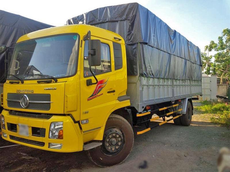 Xe tải có trọng tải lớn đáp ứng mọi nhu cầu vận chuyển của khách hàng